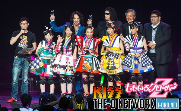Backstage Interview with Momoiro Clover Z & KISS @ Anime Expo 2015